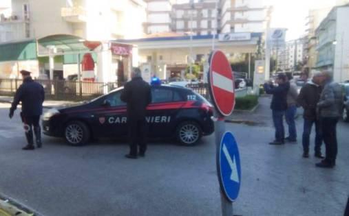 Battipaglia, carabiniere si uccide davanti caserma
